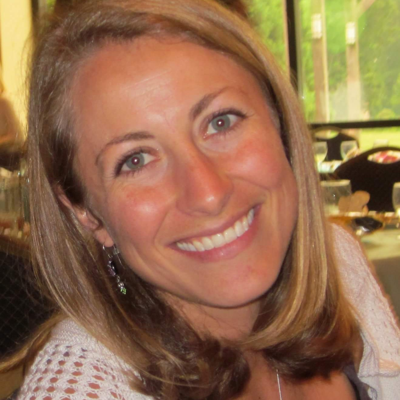 Ashley Perry, Senior Associate Consultant